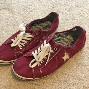 Women's converse one star size 9 shoes